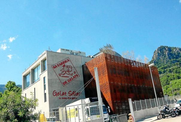 Zwei-Millionen-Euro-Investition: Die neue Firmenzentrale der Eisfabrik von Fet a Sóller.
