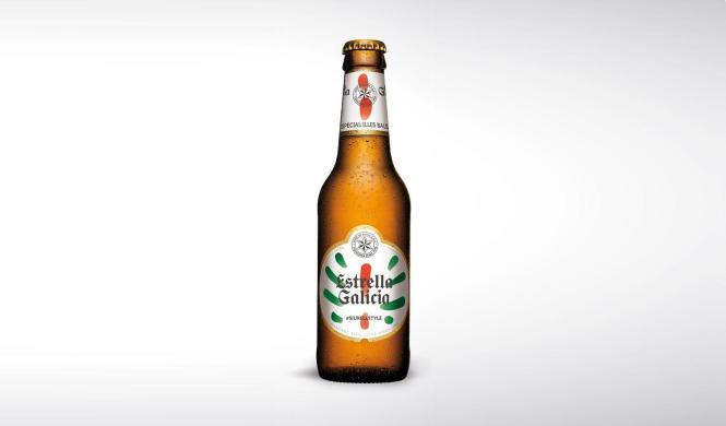 So sieht die neue Flasche von Estrella Galicia aus.