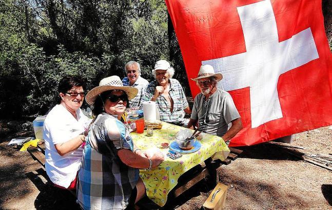 Deutschsprachige und französischsprachige Schweizer begehen den Nationalfeiertag der Eidgenossenschaft in diesem Jahr gemeinsam.