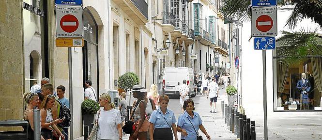 Der Carrer Sant Feliu hat sich von einer dunklen Altstadtgasse zu einer der exklusivsten Adressen der Stadt entwickelt