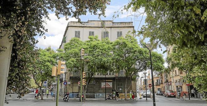 Die ersten Arbeiten am alten Hotel Baleares haben begonnen