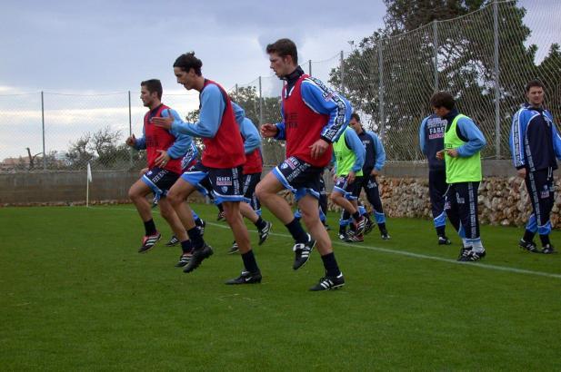 Lang ist's her: Anfang 2002 waren die Kicker des VfL Bochum ebenfalls auf Mallorca im Trainingslager. Damals wurde in Cala Millo