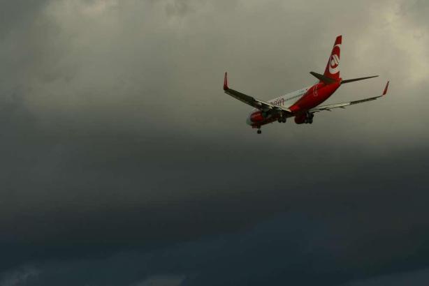 Air Berlin im Sinkflug.