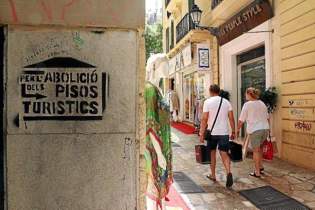Vor allem in der Innenstadt von Palma boomt die illegale Ferienvermietung. Manch einem Einheimischen ist das zuviel.