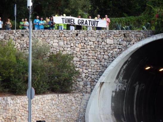 Die Demo fand an der Einfahrt zum Sóller-Tunnel statt.