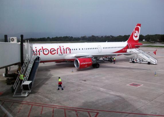 Air-Berlin-Maschine am Wiener Airport.