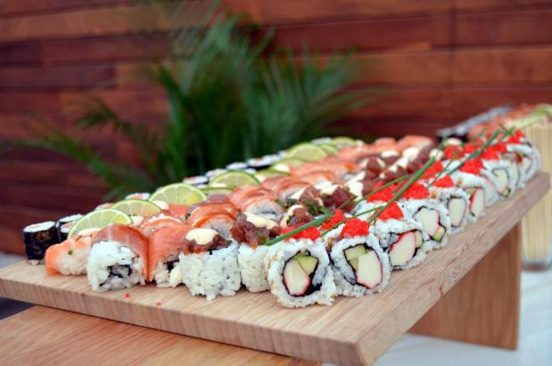 Die Küche bietet eine Mischung aus mediterranen, asiatischen und italienischen Gerichten.