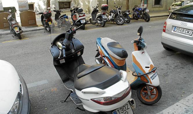 Motorräder dürfen auch weiterhin kostenlos in der Stadt parken