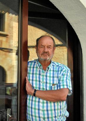 Dr. Ernst-Walter Katthagen verabschiedet sich aus seiner Praxis in Santanyí.