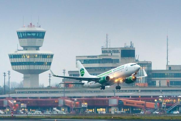 Mit einem Flug nach Gran Canaria hat Germania die neue Basis in Berlin-Tegel eröffnet.