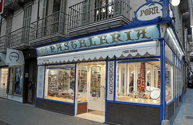 """Traditionsgeschäfte wie die Bäckerei """"Forn Fondo"""" sollen gerettet werden."""