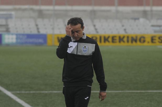 Armando de la Morena hatte in den vergangenen Wochen nichts zu lachen – jetzt soll er ersetzt werden.