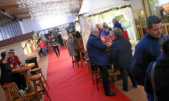 """Der """"Bierkönig"""" veranstaltet zum ersten Mal einen Weihnachtsmarkt."""