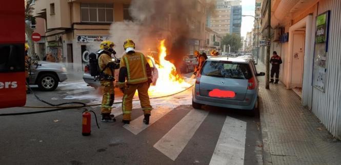 Die Feuerwehr brachte die Flammen unter Kontrolle.