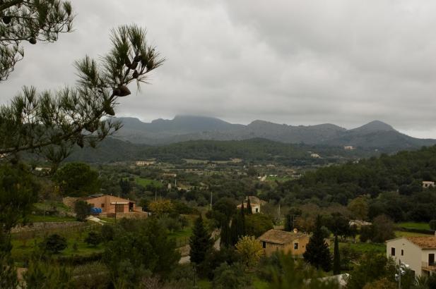 Vor allem am Montag soll es auf Mallorca teils kräftig regnen.