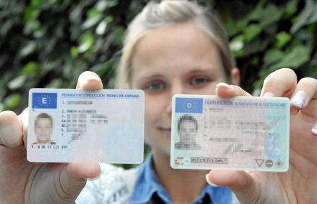 Lieber deutscher oder spanischer Führerschein? Wer dauerhaft auf Mallorca lebt, hat keine Wahl.