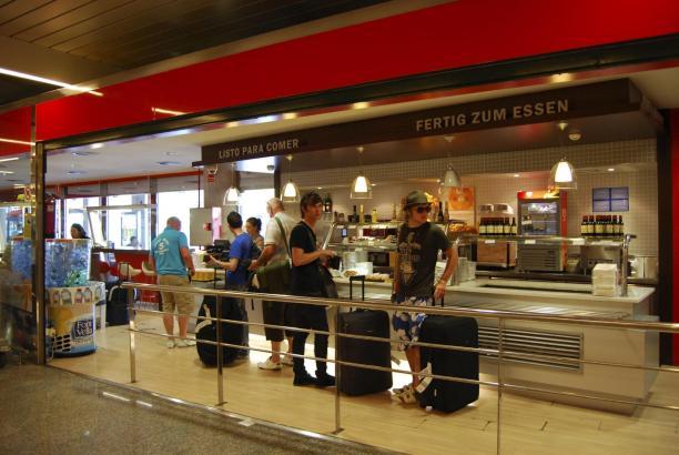 Die gastronomischen Betriebe am Flughafen von Mallorca sollen bestreikt werden.