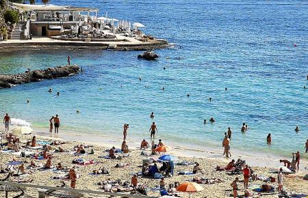 Das ist sicher: Auch in diesem Sommer wird es wieder voll auf Mallorcas Stränden.