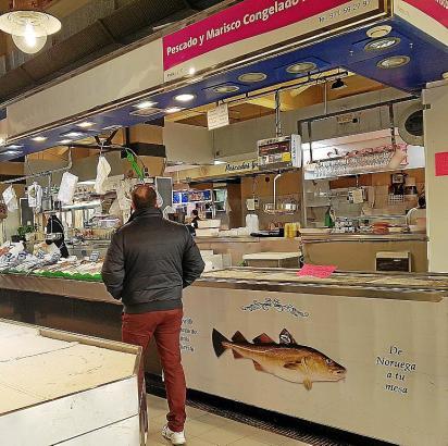 In der Fischhalle auf dem Olivar-Markt gibt es derzeit Leerstand.