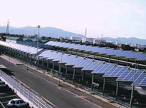 So soll es künftig auf allen großen Parkplätzen der Inseln aussehen: Der Busparkplatz der EMT in Palma.