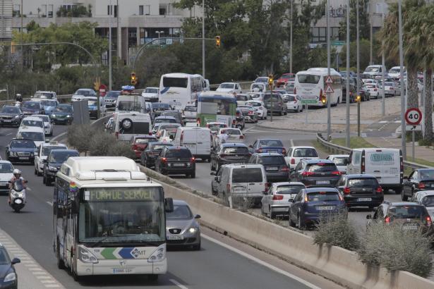 Die Verkehrsdichte auf Mallorca hat in den vergangenen Jahren stark zugenommen.