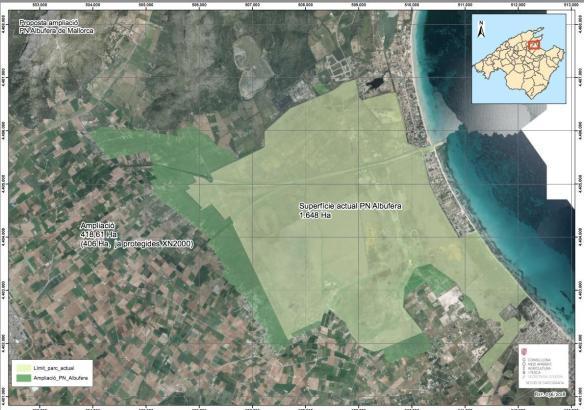 Die dunkelgrüne Fläche zeigt die Erweiterung des bestehenden Naturparks, der auf der Landkarte in hellgrüner Farbe ausgewiesen i