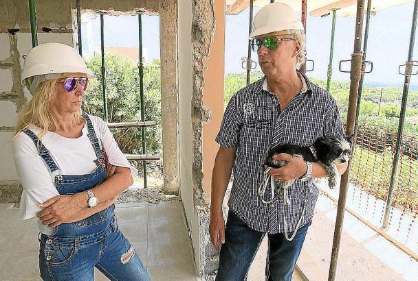 Friseurmeisterin Gina und Zahntechniker Wolfgang aus Delmenhorst wollen in die Tourismusbranche umsatteln.