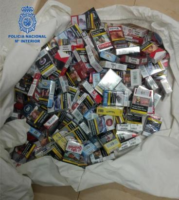 155 Zigarettenschachteln soll der Mann an der Playa de Palma gestohlen haben.