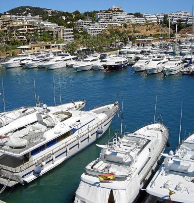 Die Balearen-Regierung schließt weitere Aus- oder Neubauten von Sporthäfen aus. Hier ein Archivbild von Puerto Portals.