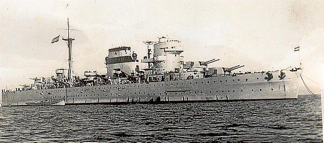 """Das Schlachtschiff """"Baleares"""" war im Spanischen Bürgerkrieg auf franquistischer Seite gegen die Republik im Einsatz."""