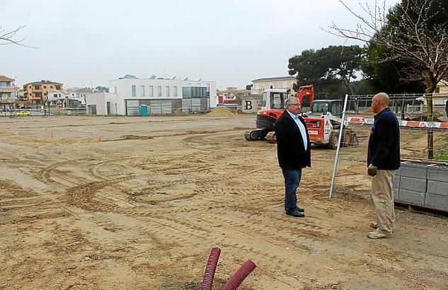 Auf diesem Gelände in Can Picafort entstehen neue Parkflächen.