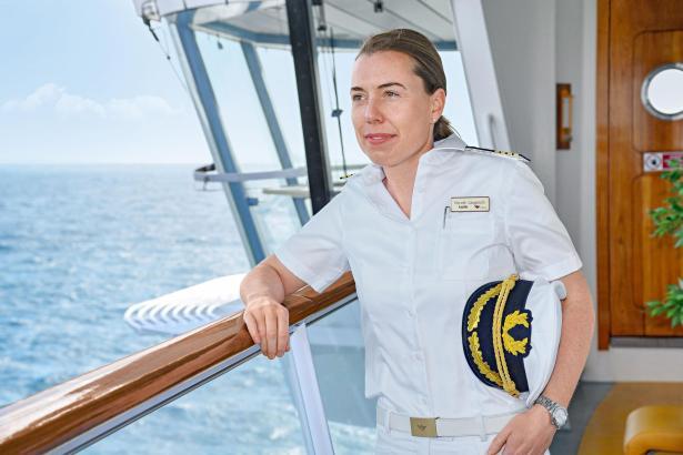 Seit zehn Jahren ist Nicole Langosch in verschiedenen Positionen auf den Aida-Schiffen im Einsatz.