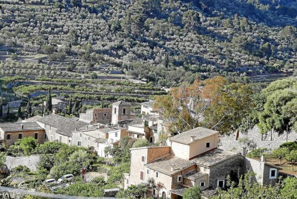 Das Dorf Fornalutx im Sóller-Tal liegt am Aufstieg zum Puig Major. Es wurde in den 1930er Jahren Schauplatz zweier Unglücke von