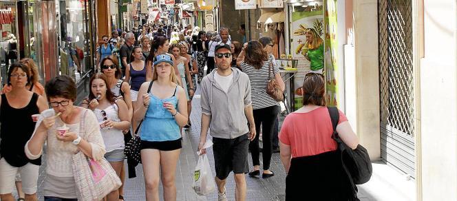 Die Regierung der Balearen rechnet für dieses Jahr mit einem Wachstum von 3,5 Prozent und einem gesteigerten Konsum.