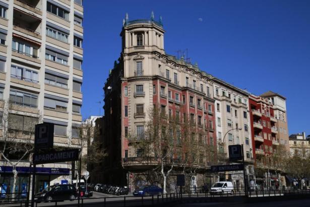 Das Gebäude soll verkauft werden.