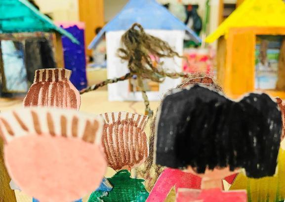 """Die Ausstellung """"La Ciutat Invisible"""" ist zugleich eine Schau verschiedenster menschlicher Erfahrungen."""