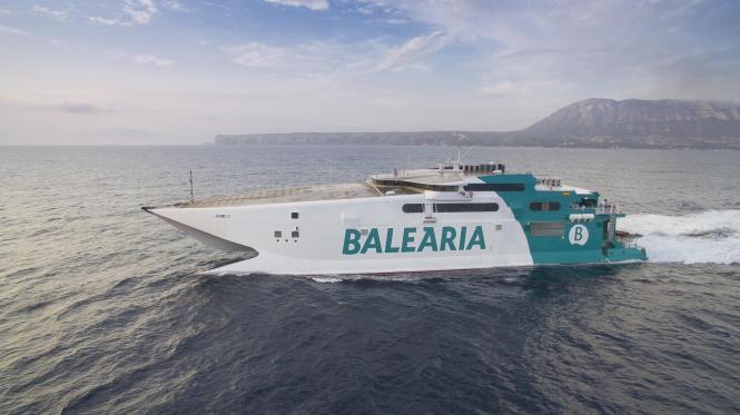 """Die """"Jaume II"""" ist 35 Knoten schnell und wird die Strecke Dénia-Eivissa-Palma bedienen."""