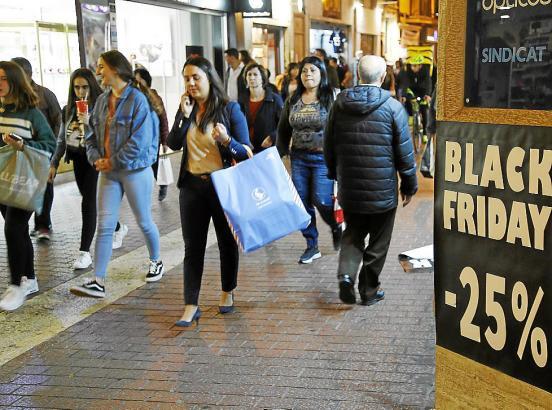 "Zumindest am ""Black Friday"" ist in Palma stets viel los."