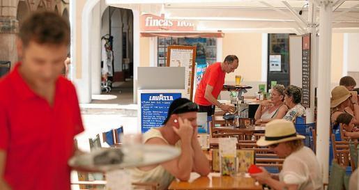 Beschäftigte im Gastgewerbe auf Mallorca.