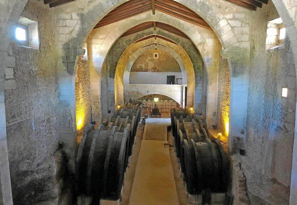 Das Herzstück des Landgutes Son Ramon: Der historische Weinkeller weist die Ausmaße einer gotischen Kapelle auf.