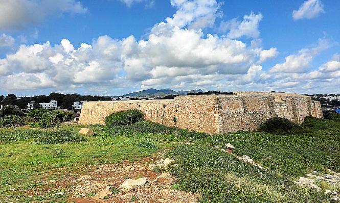 """Die Festung """"Es Forti"""" in Santanyi öffnet wieder für Besucher."""