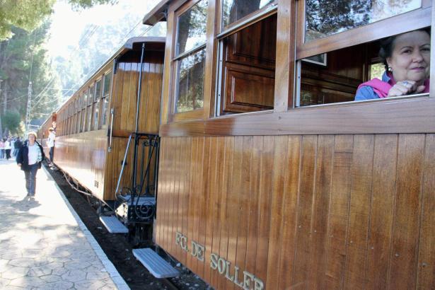 Die Sóller-Bahn verbindet Palma seit 1912 mit dem Orangen-Tal.