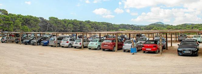 Der angestammte Parkplatz an der Cala Agulla befindet sich auf einem Gelände, das als Naturschutzgebiet ausgewiesen ist.