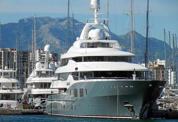 """Die Besitzer großer Luxusyachten wie hier der """"Ulysses"""" finden Mallorca einfach wunderbar."""