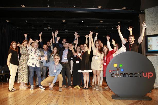 """Die Teilnehmer des Gründerwettbewerbs """"connect'up"""" freuen sich über Starthilfe."""