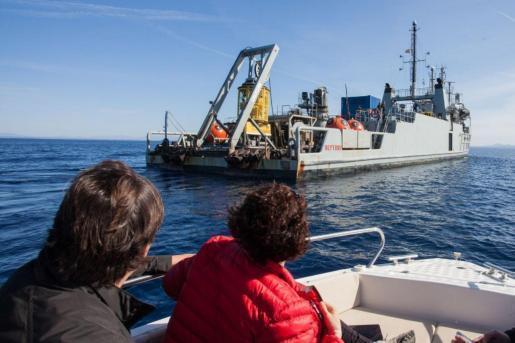 """Das Schiff """"Neptuno"""" der spanischen Marine war für die Bergung verantwortlich."""