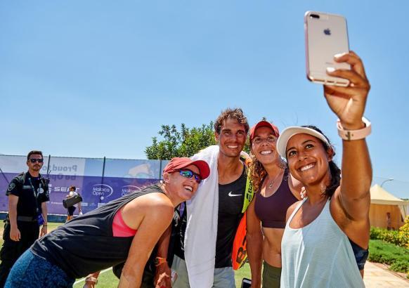 Ein Selfie mit Tennisstar Rafael Nadal.