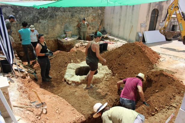 Archäologen suchen nach den sterblichen Überresten von Pau und Onofre Crespí.