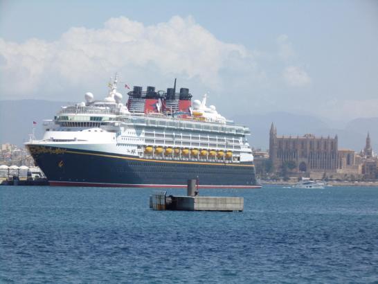 Palmas Hafen ist beliebter Anlaufpunkt für Kreuzfahrtschiffe.