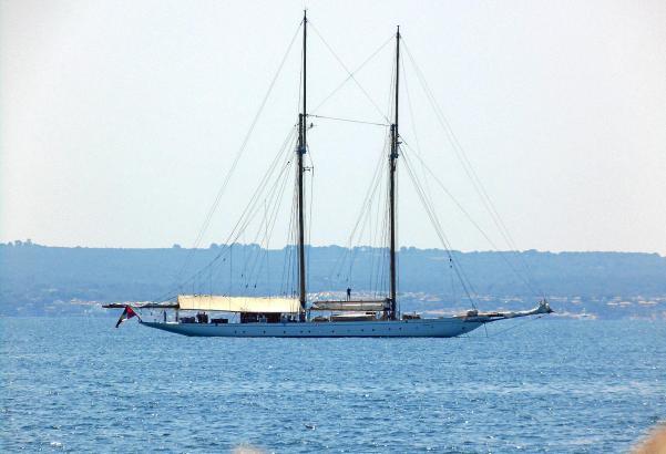 Die Germania Nova am Mittwoch in der Bucht von Palma.